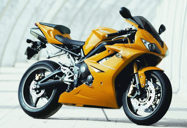 TRIUMPH DAYTONA 675 TRIPLE - Press Image