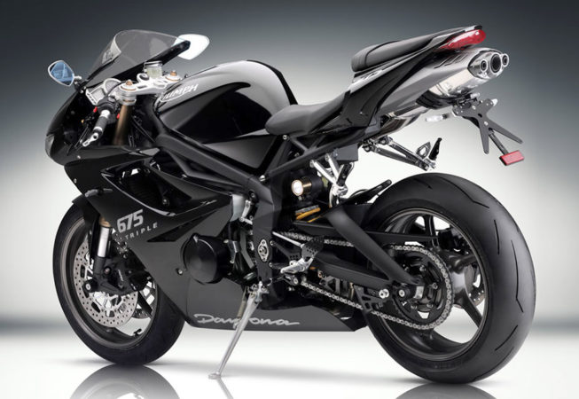 TRIUMPH SPEED TRIPLE - Press Image